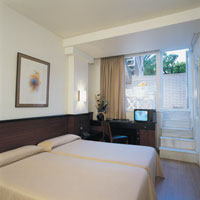 2 photo hotel BALMES HOTEL, Barcelona, Spain